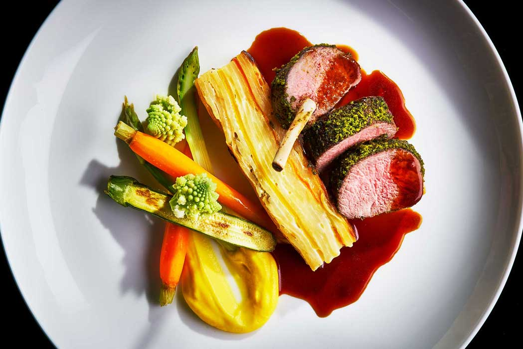 Lamb_chops_with_gravy_by-London-food-photographer